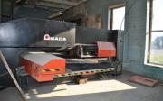 AMADA EUROPE-258 2002 Усилие 20 тонн,  Максимальный размер листа 1250 x 2000 мм.
